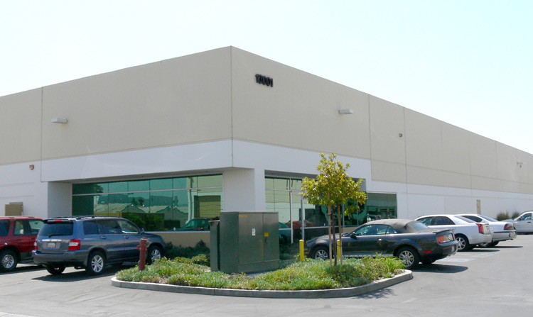 realty inks 18 500 sf lease for office furniture warehouse
